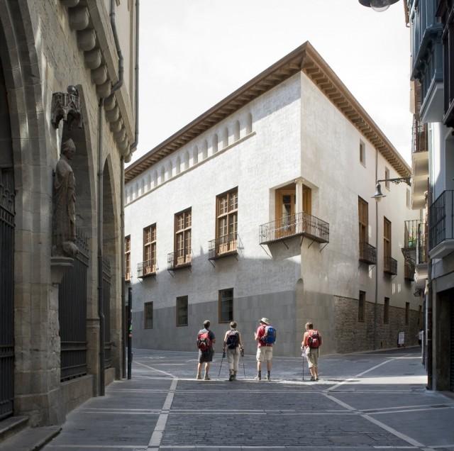 Tabuenca & Leache Arquitectos > Casa del Condestable