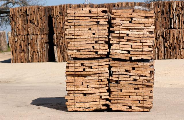 Conoce los aislantes ecol gicos ecohouses for Placas de corcho para paredes