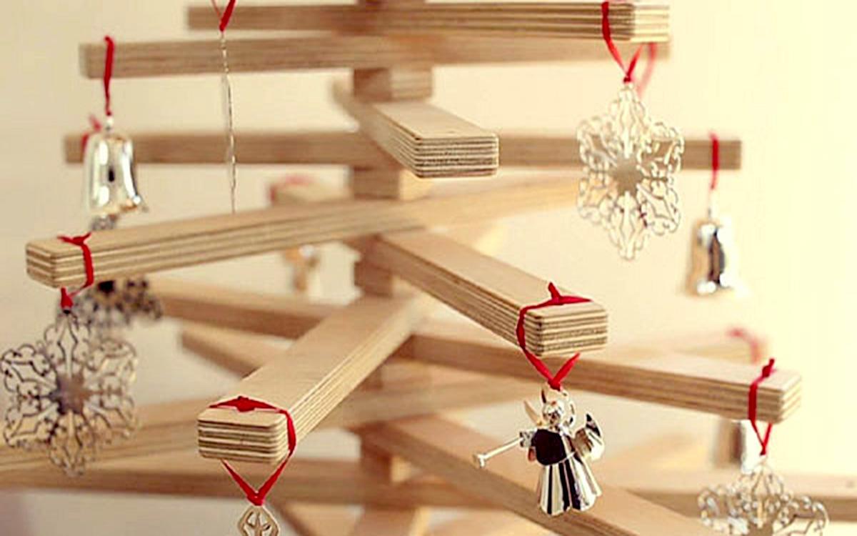 C mo hacer un rbol de navidad con madera ecohouses - Hacer arbol navidad ...